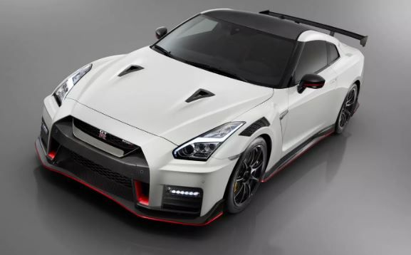 2020 Nissan Gt R Modified 50th Anniversary Edition Price And Features Fairwheels Nissan Gtr Nismo Nissan Gt R Nissan Gt