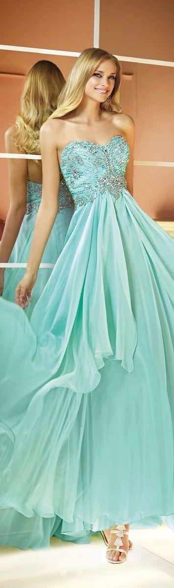Vestidos verdes de formatura - http://vestidododia.com.br/vestidos-de-festa/vestidos-verdes-de-formatura/