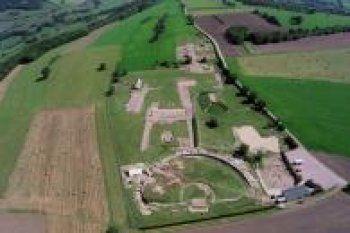 La bataille d'Alésia opposa César à Vercingétorix en l'an -52. En Bourgogne, le MuséoParc Alésia permet de redécouvrir cette page marquante de l'histoire. Visite.