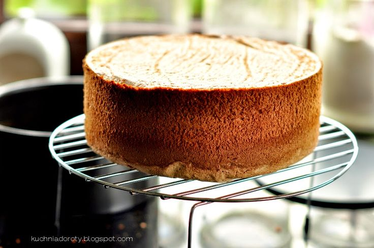przepis na biszkopt, tort tiramisu, biszkopt do tortu, biszkopt na tort, ciasto biszkopt, tort tiramisu przepis, przepis na pyszny tort, łatwy przepis na tort,