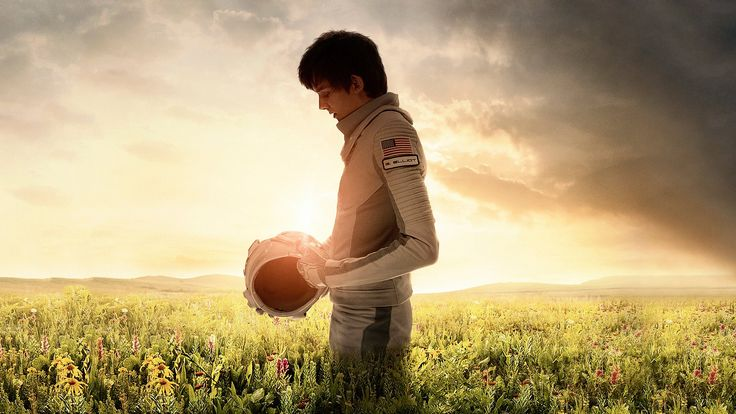 """The Space Between Us tell story about """"A young man raised by scientists on Mars returns to Earth to find his father..""""."""