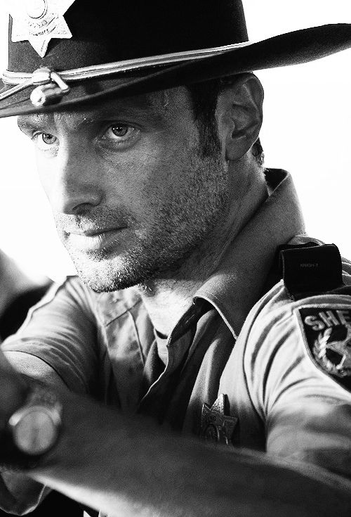 rick grimes - look at how young and innocent he looked!