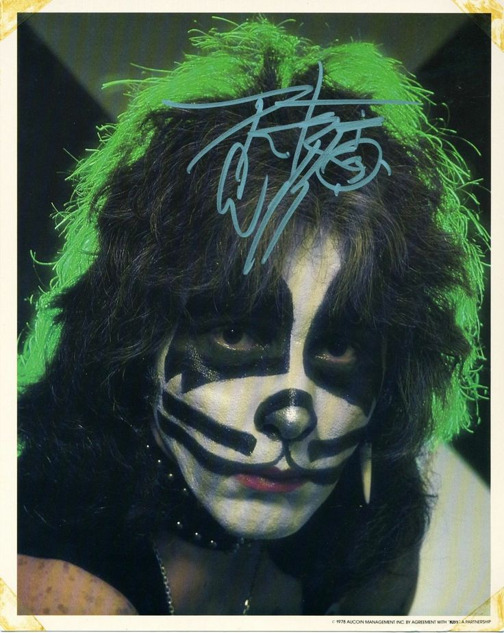 """2013 Peter Criss Personally Autographed 1978 """"Kiss Army Kit 8"""" x 10"""" Photo Mint 