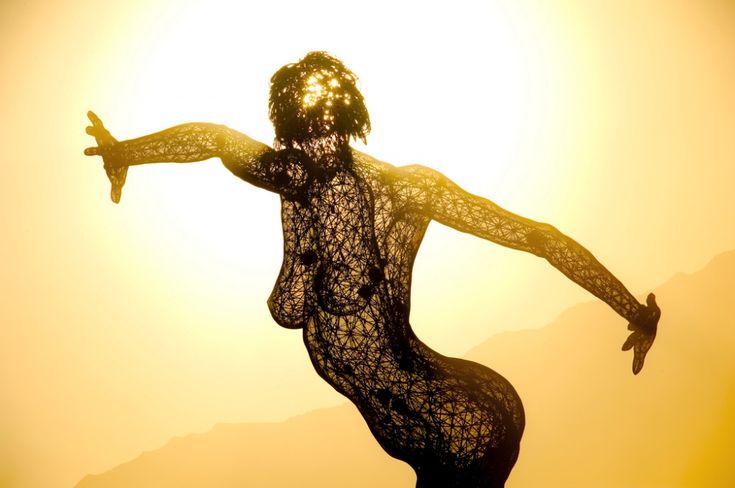 Скульптура «Танец», Burning Man 201