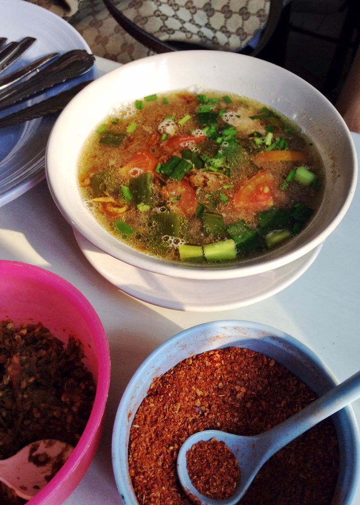 Garang (Empal) Asem is a savoury & sour soup made of beef, intestines, and tribe cooked in a beef stock and spices. Copyrights Vivi Kembang Tanjoeng.
