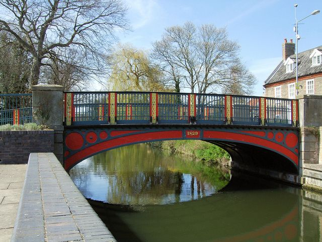 The Town Bridge Looking Downstream, Thetford - Norfolk. | Flickr - Photo Sharing!