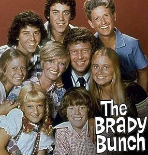 The Brady Bunch (1969 - 1974) a TV Land Classic Sitcom. Starring (from left to right) Susan Olsen, Eve Plumb, Christopher Knight,  Florence Henderson, Barry Williams, Robert Reed, and Maureen McCormick