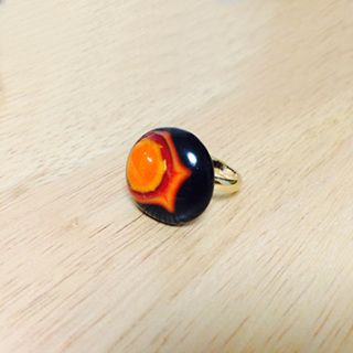 Handcut fused glass ring  Glass size: 14mmX15mm  Ring type: adjustable ring Ring color: gold