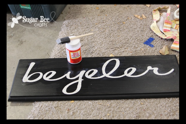 trick to crisp lines when painting over vinyl letters