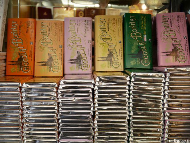 chocolat Bonnat, Denise Acabo de l'Etoile d'Or confiserie chocolaterie ancienne à Paris par radis rose http://radisrose.fr/denise-letoile-dor/ #chocolat #paris #confiserie #bonnat
