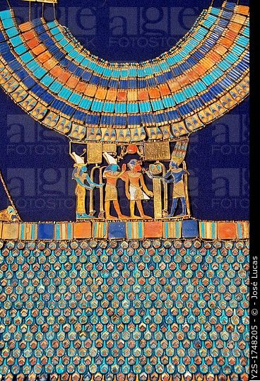 Pectoral, The god Amun-Re receives the pharaoh, Tutankhamun´s treasure, Museum of Egyptian Antiquities, Cairo, Egypt,