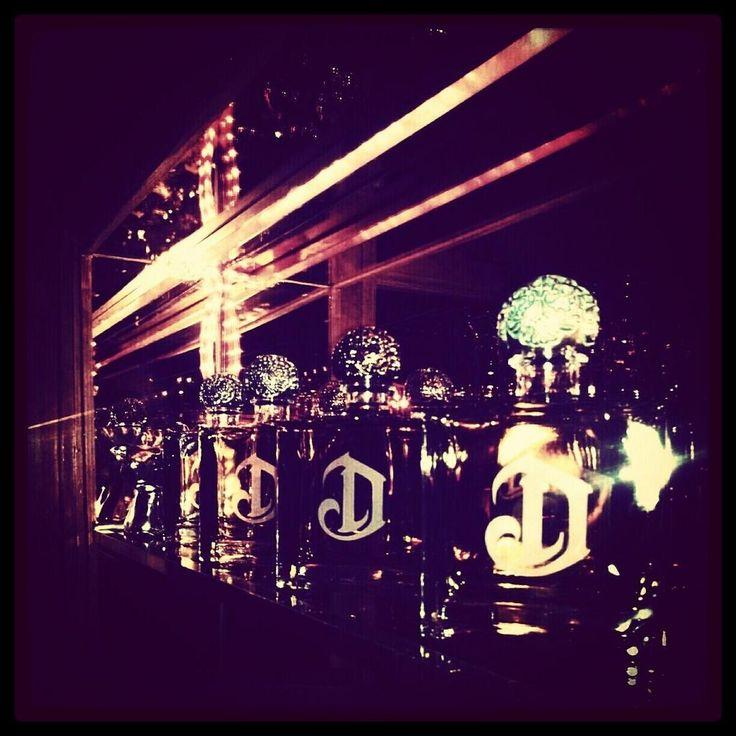 Deleon tequila tasting tonight! Amazing! pic.twitter.com/EhoV0pKW