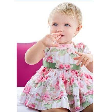 Τους ενήλικες μας τρελαίνουν γιατί είναι χαριτωμένα όταν τα βλέπεις να τα φορούν οι «μικρές κυρίες».