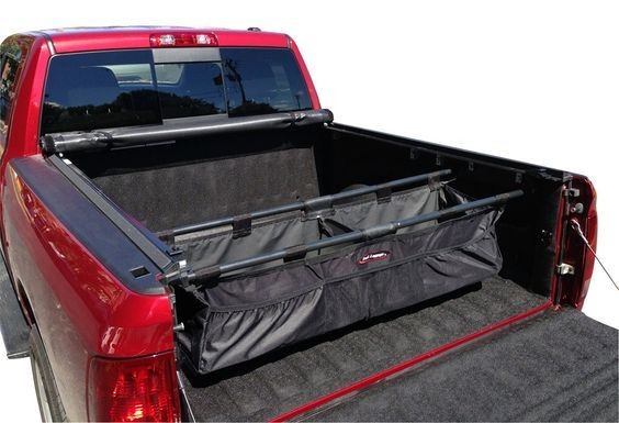 Defeat clutter and keep your truck bed organized with the Expedition cargo management system. Rugged cargo bag with pockets boasts 8 cu ft of storage space.
