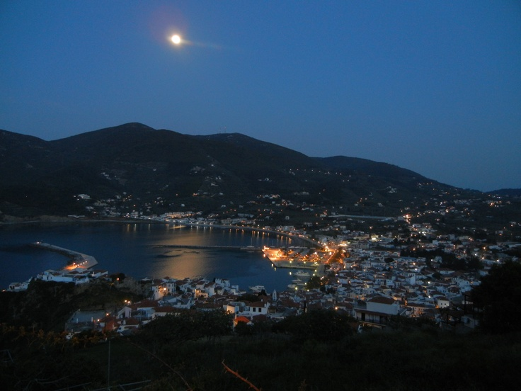 The moon rising over the bay of Skopelos.