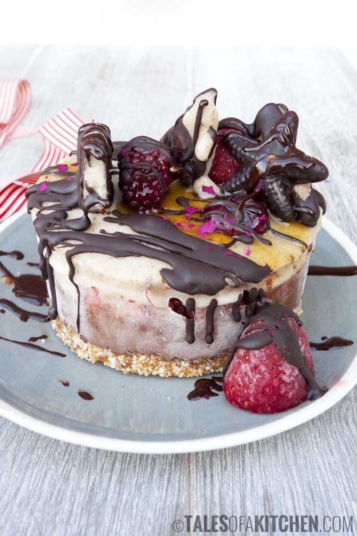 Cherry ice cream cake #healthy #dessert #recipe #raw #vegan #cherry #cake #icecream