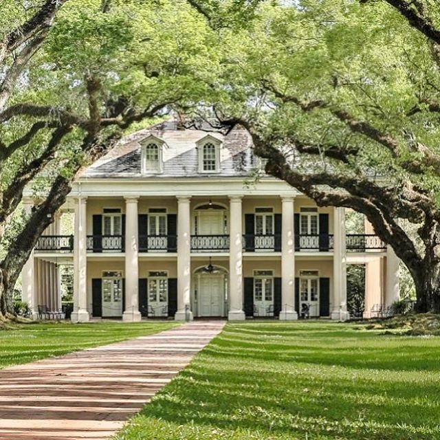 315 best images about the deep south on pinterest for Old plantation homes for sale cheap