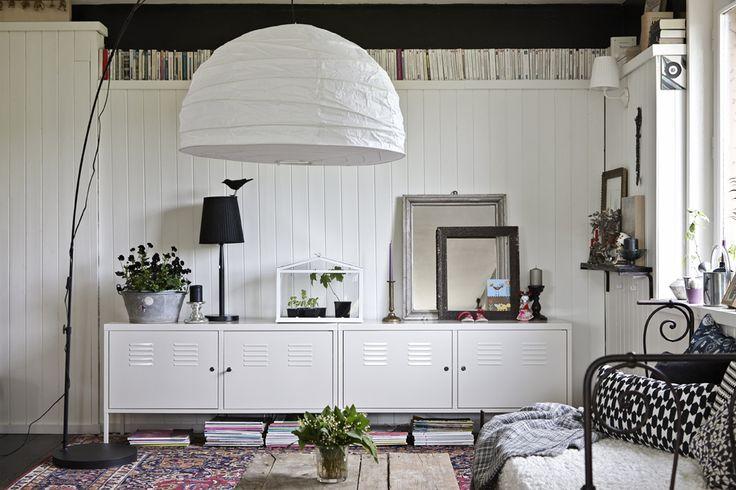 Deixe a televisão fora da sala para criar um espaço mais familiar