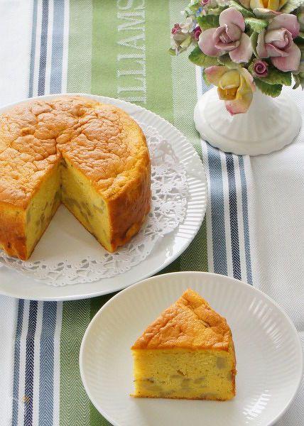 残った完熟バナナで作る簡単ケーキです。