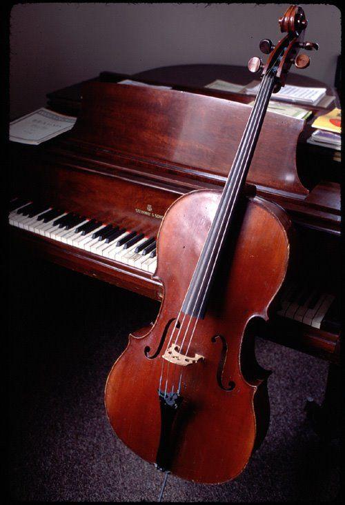 Inocente´s: Hino 1 CCB - Hinário 5 (Violoncelo e Piano)