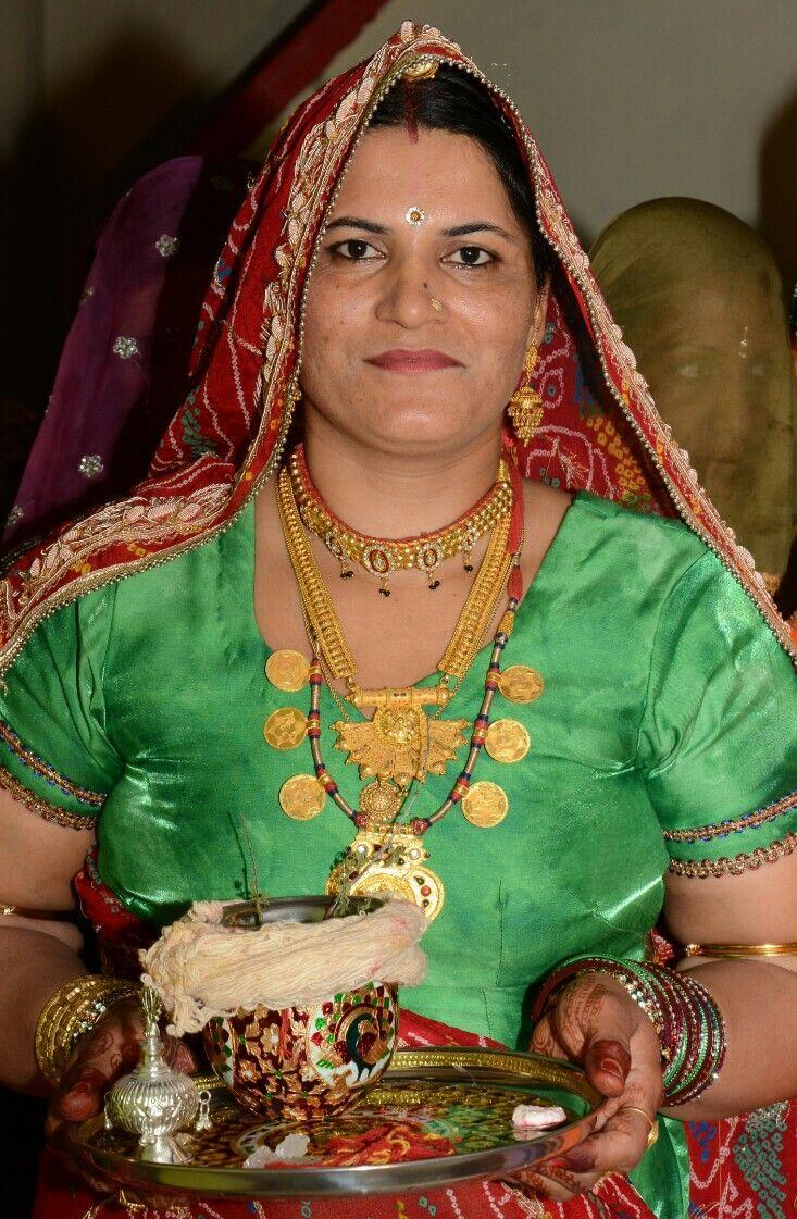 Bishnoi woman Shakuntala at a wedding function