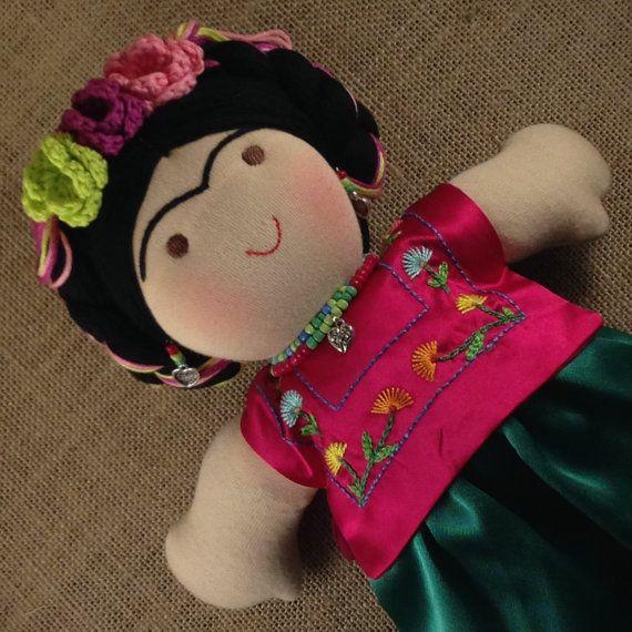 Muñeca de tela Frida Kahlo on Etsy, 90,08 €