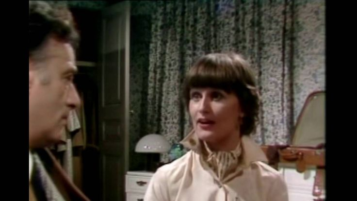 Yes Minister  S01E04 - Big Brother - YouTube