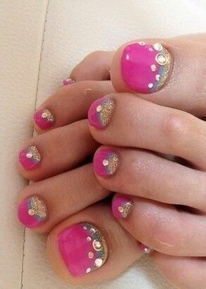 Cute toenail design