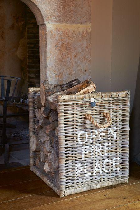 Riviera Maison prachtig voor naast mijn openhaard :) #pjntratuin #leefjeuit