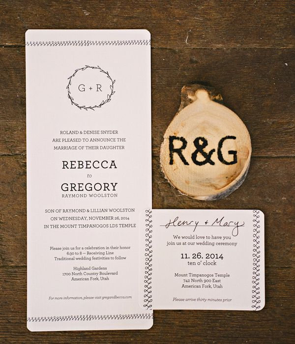 Ilrated Wreath Wedding Invitations