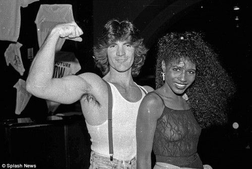 Simon Cowell....I can't believe it!  Wonder what year this was...
