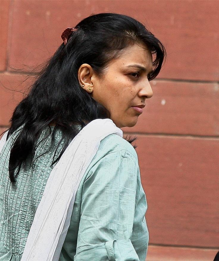 Nupur Talwar wants to adopt a girl child http://ndtv.in/KVABjZ