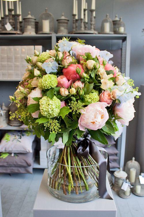 RHS-Chelsea-Flower-Show-2013-Nikki-Tibbles-Wild-at-Heart-Flowerona-9.jpg (500×750)