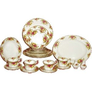 Royal Albert Old Country Rose Piece Set Service for Royal Albertu0027s Old Country Roses is one of the most popular bone china patterns ever produced.  sc 1 st  Pinterest & 100 best Royal Albert Old Country Roses images on Pinterest ...