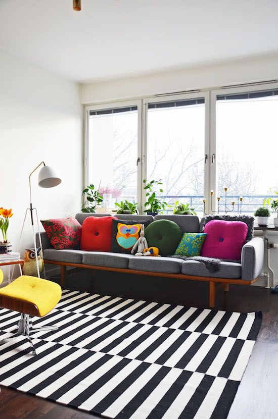 Eclectic Decor | Living Room Design | Playroom Ideas | Ikea Stockholm Rug | Black White Stripe