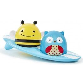 Zoo pals glow when they touch the water! Owl and Bee float on their surfboard or on their own, lighting up when they make contact with water. Little ones will love brightening up tubtime with these glowing friends. Your child will love to soak up fun with Skip Hop's full line of Zoo baby and toddler bath toys.