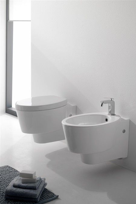 WISH - Wall-mounted WC  WISH - Wall-mounted bidet