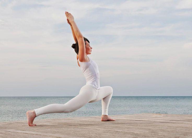 SOUND: https://www.ruspeach.com/en/news/14066/     Пранаяма - это управление жизненной энергией с помощью дыхательных упражнений в йоге. Упражнения пранаямы применяются для очистки так называемого «тонкого тела» от загрязнений, а также для накопления и преобразования жизненной энергии. В наши дни пранаяма практикуется большим количеством людей во всем мире, которые хотят быть здоровыми.      Pranayama is a management of vital energy by means of breathing exercises in yoga. Ex