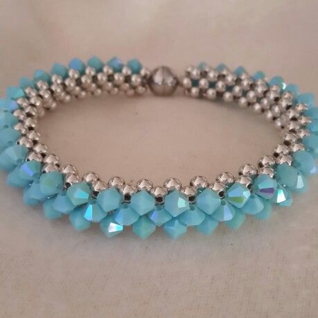 RAW bracelet beaded by Emel Bas