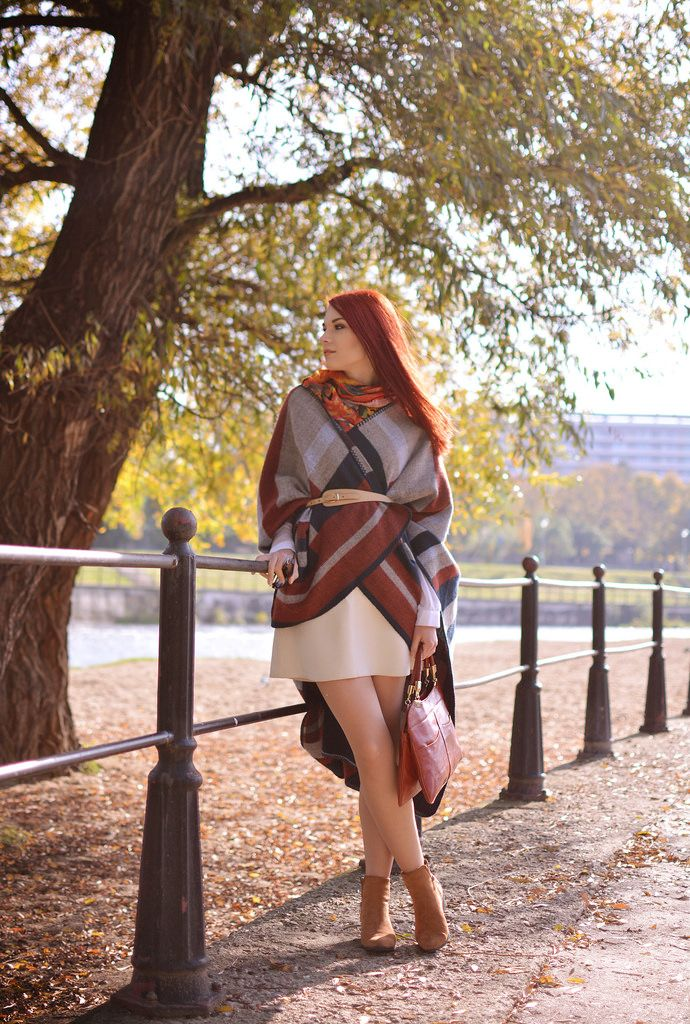 This poncho is the perfect item for a stylish Autumn!