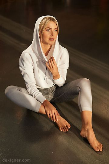 """I had not noticed this before but Julianne Hough, besides having a perfect figure, also possesses a rare feature of physical perfection: the so-called """"royal toe"""". If the second toe on you foot is longer than the big toe legend holds that you are a descendant of the true aristocracy"""