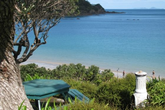 Not Available $1620 Easter 2017 Outdoor eating - Whangaumu Bay bach or holiday home, request sent 5 Dec
