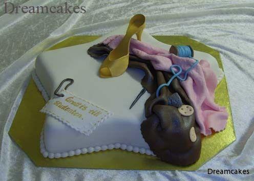 Tillskärarakademin i Malmö hade en nybakad student. Med tårta från Dreamcakes!
