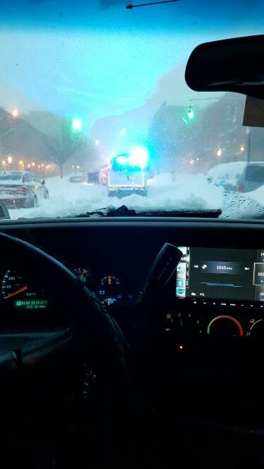 2015 blizzard, I had to work. 2002 Chevy Avalanche 4x4