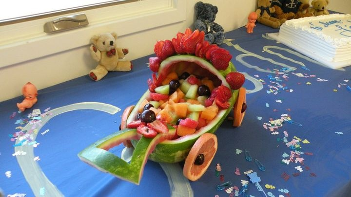 Baby carriage watermelon boat