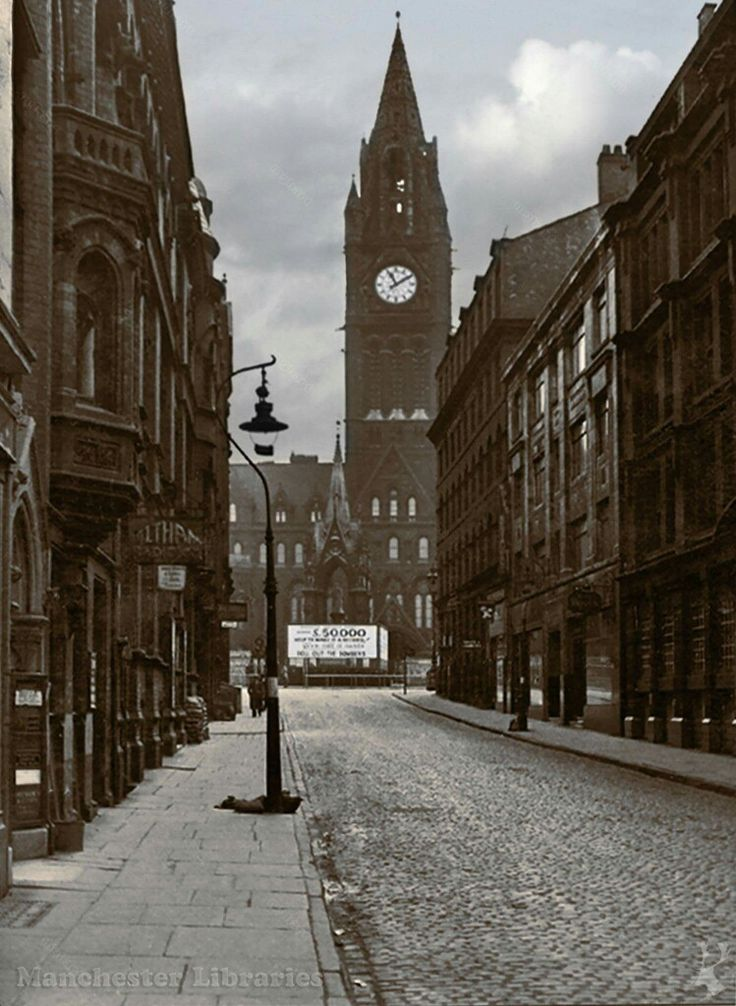 Brazennose St towards Albert Sq 1939