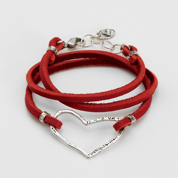 RED LEATHER HEART BRACELET