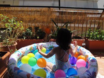 Πισίνα με μπαλόνια - BIG STEPS tiny feet