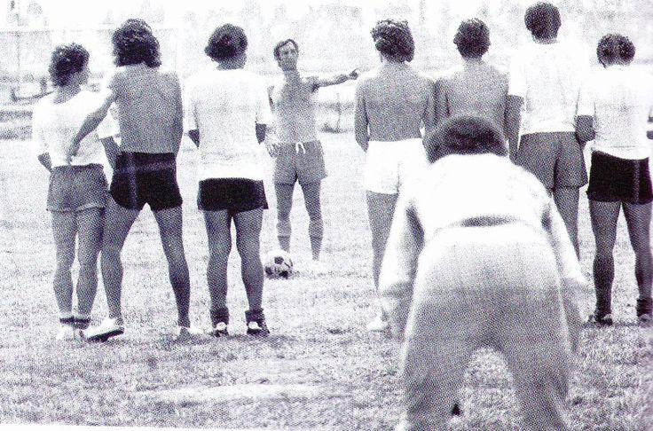 Entrenos del Cali en los 70's con Bilardo - Deportivo Cali