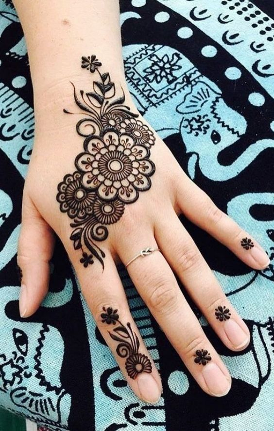 Simple And Easy Mehndi Design Images In 2020 Henna Tattoo Hand Simple Henna Tattoo Mehndi Designs For Hands